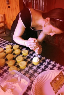 I'm really good at cake baking and decorating... and eating. | Rachel Running Wild blog