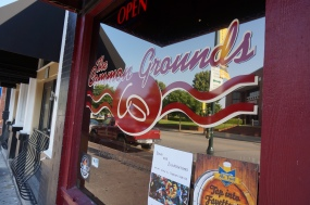 The Common Grounds coffee shop makes a perfect Cafe au lait