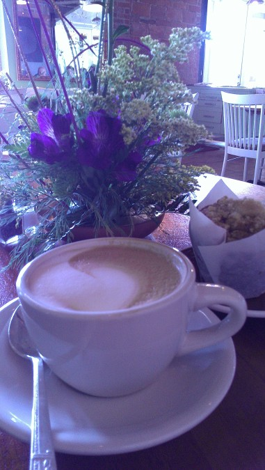 Fell in love with a new favorite cafe that makes a true Italian cappuccino.