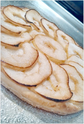 caramelized apple tarte fine